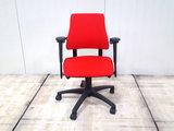 BMA Axia rood lage rug bureaustoel gebruikt kantoormeubilair lamers arrola vooraanzicht