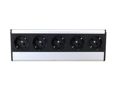 Gebruikte Stekkerdoos 5 stopcontacten