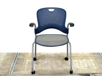 Herman Miller Caper blauwe gebruikte stoel