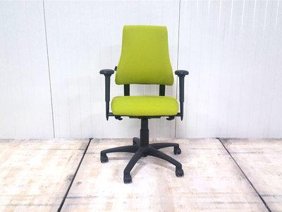 BMA Axia groen hoge rug bureaustoel gebruikt kantoormeubilair lamers arrola vooraanzicht