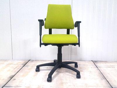 BMA Axia groen lage rug bureaustoel gebruikt kantoormeubilair lamers arrola vooraanzicht