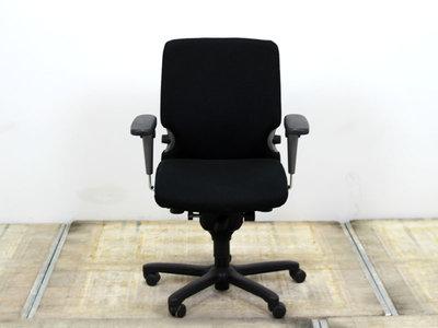 17034 Vitra 77 bureaustoel gebruikt kantoormeubilair lamers arrola vooraanzicht